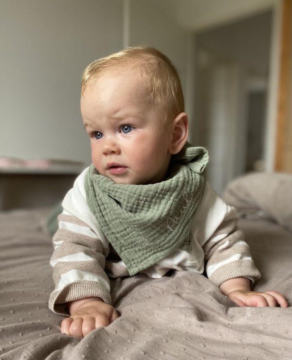 foulard bebe gaze de coton personnalise - bonheur enfantin